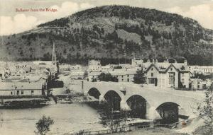 BALLATER FROM THE BRIDGE