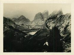 ROCKY MOUNTAIN PEAKS, CANADA