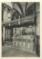 TOMB OF HENRY IV AND JOAN OF NAVARONE