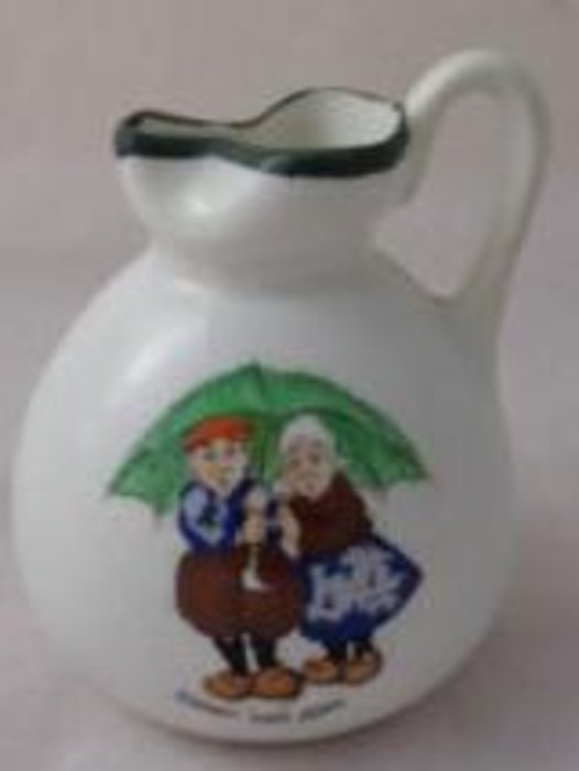 DARBY AND JOAN, jug, green rimmed