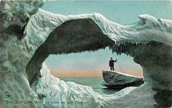 ICE SCENE ON LAKE MICHIGAN