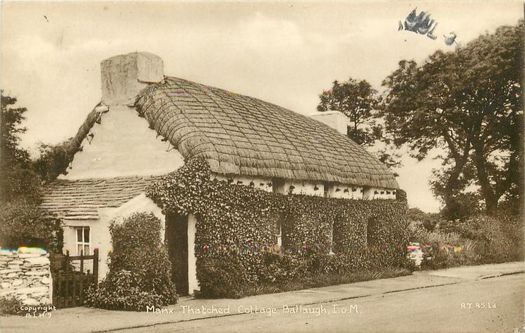 MANX THATCHED COTTAGE
