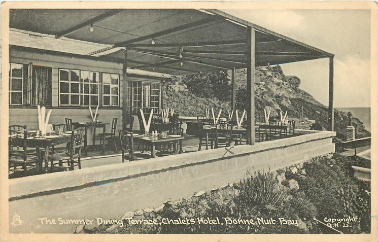 THE SUMMER DINING TERRACE, CHALETS HOTEL