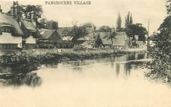 PANGBOURNE VILLAGE