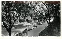 TOWN HALL GARDENS