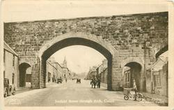 SEAFIELD STREET THROUGH ARCH