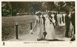 LONDON - THE WALK BY ROTTEN ROW