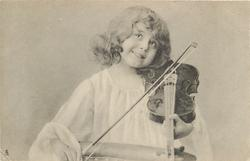 girl with violin to shoulder