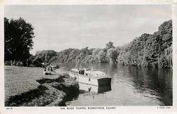 THE RIVER THAMES, RUNNEYMEAD