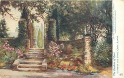 GATEWAY AND STEPS, CAPEL MANOR