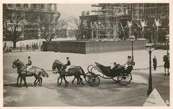 THE KING AND QUEEN LEAVING THE HOUSES OF PARLIAMENT... WESTMINSTER HALL