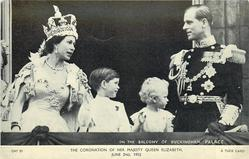 ON THE BALCONY OF BUCKINGHAM PALACE  with children