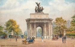 LONDON. THE WELLINGTON ARCH