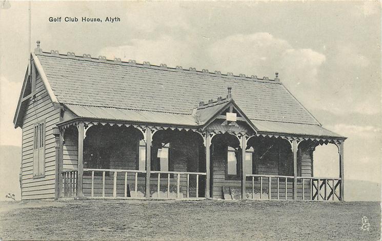 GOLF CLUB HOUSE