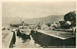 """S.S. """"GONDOLIER"""" AT FORT AUGUSTUS"""