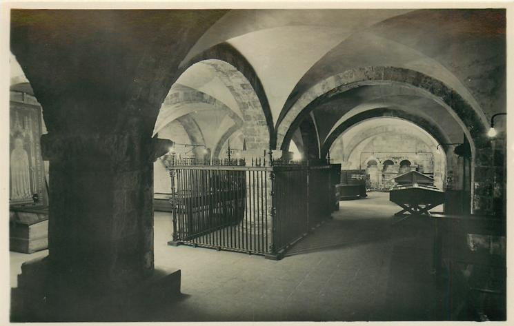 THE NORMAN UNDERCROFT AND MUSEUM