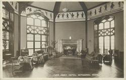 LEE ABBEY HOTEL, OCTAGONAL ROOM