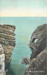 HOLM OF NOSS  cliffs both sides