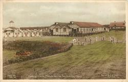 PUTTING GREEN, MUNDESLEY ON SEA HOLIDAY CAMP