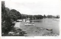WALTON-ON-THAMES  smaller boats moored