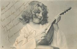 girl with lute, looking down/right to the lute