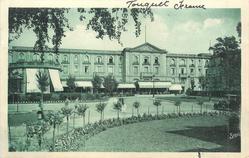 HOTEL DE L'HERMITAGE, DANS LA FORET  front view, no horses