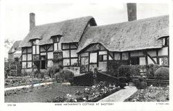 ANNE HATHAWAY'S COTTAGE AT SHOTTERY  close-up view