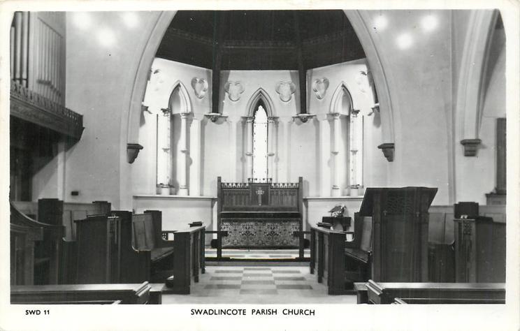 SWADLINCOTE PARISH CHURCH interior