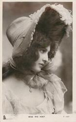 MISS IRIS HOEY  large hat
